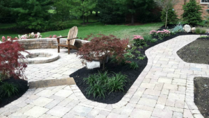 Outdoor Living Spaces Patios & Walkways